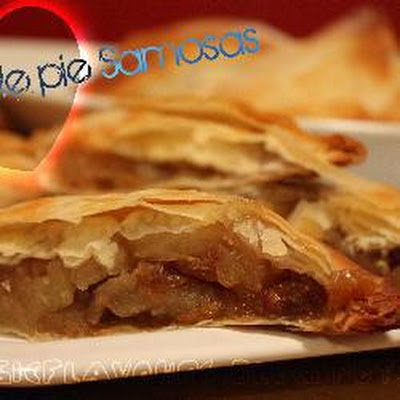 Apple Pie Samosas