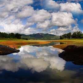 Reflejado by Jose German - Landscapes Cloud Formations ( clouds, reflection, blue, cielo, boat, river,  )