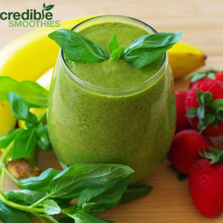 Strawberry-Basil Green Smoothie