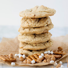 Pretzel Marshmallow Peanut Butter Chip Cookies [Week 5 of 12 Weeks of Christmas Cookies]