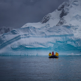 Antarctic Zodiac 2 by Dick Eigenraam - Landscapes Waterscapes
