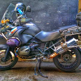 B.M.W Bike by Max Samson - Instagram & Mobile Android ( veera, android, motorbike, automobile, transportation, mobile )