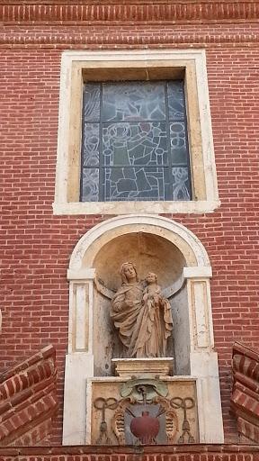 Virgen Maria Y Cristalera