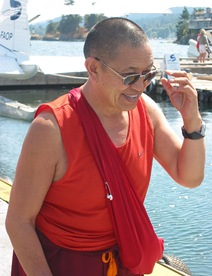 Garchen Rinpoche arriving to Canada