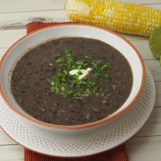 Vegetarian Black Bean Soup with Rum and Mojo
