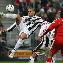 bicycle kick by Peter Frank - Sports & Fitness Soccer/Association football ( german bundesliga, soccer )