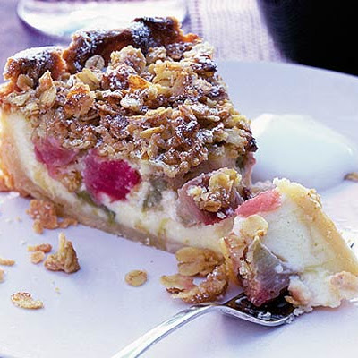 Rhubarb & Custard Pie With Butter Crumble