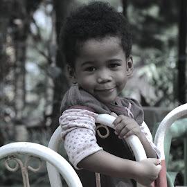Smile.. by Rizdki Burnama - Babies & Children Child Portraits