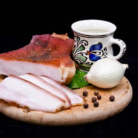 Traditional Romanian Food and drink by Cristi Florea - Food & Drink Plated Food ( ham, food, distilled beverages, spirit drink, romanian, traditional, cup of drink, onion, smoked ham )
