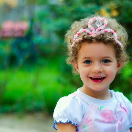 Little princess by Rodica Ruka - Babies & Children Child Portraits