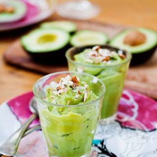 Avocado Breakfast Pudding (a.k.a. Vitamina de Abacate)