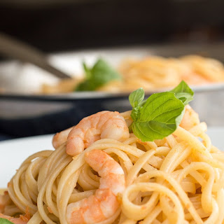 Shrimp Pasta with White Wine Sauce
