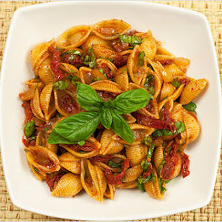 Balsamic and Sun-Dried Tomato Conchiglie