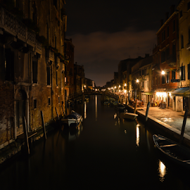 Venice Canal LE by Toine Baken - City,  Street & Park  Historic Districts ( exposure, water, sky, venice, boat, long, italy, light, canal, Urban, City, Lifestyle,  )