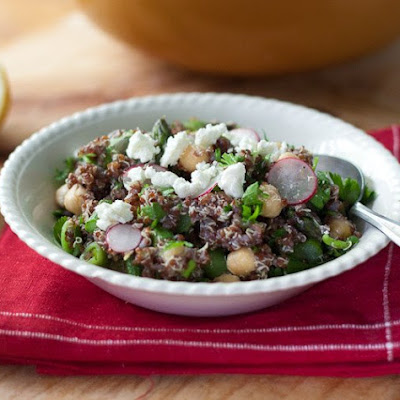 Spring Quinoa with Chickpeas, Asparagus, and Fresh Peas