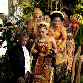Indonesian traditional wedding by Arie Sulistiawan - Wedding Ceremony