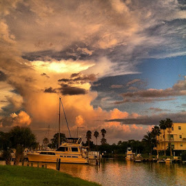 The sky was so amazing tonight! Every view was spectacular! by Yvonne Turner - Transportation Boats