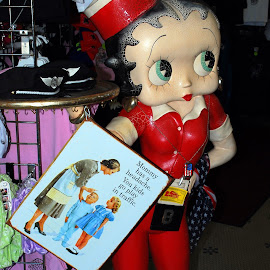 Betty Boop by Phil Grierson - Artistic Objects Signs ( sign, betty boop, humor, kids, cartoon character )