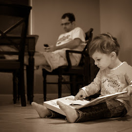 Digital Divide by Bill Pevlor - People Family ( child, reading, monochrome, family, book, iphone )