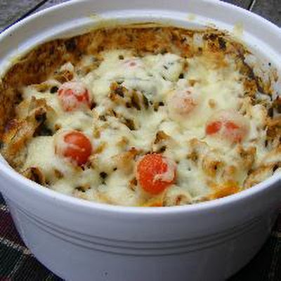 Maya's Tomato and Spinach Pasta Bake