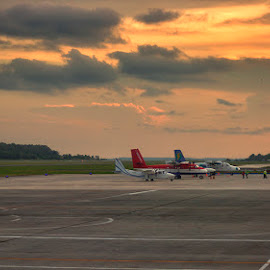 by Yudi Saksono - Transportation Airplanes ( plane, indonesia, balikpapan, seppingan, borneo,  )