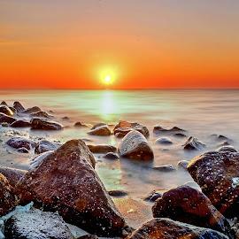 Samalona Sunset by Adhitiya Putra - Landscapes Sunsets & Sunrises ( #sunset #beach #indonesia )