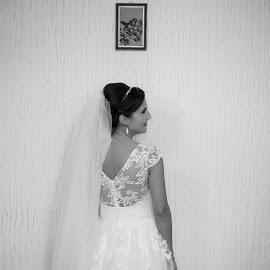 the bride by George Ungureanu - Wedding Bride