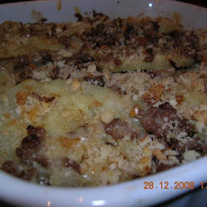 Old-Fashioned Potato-Beef Casserole