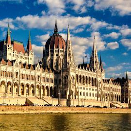 Budapest by Ana Luiza Ribeiro - Instagram & Mobile iPhone