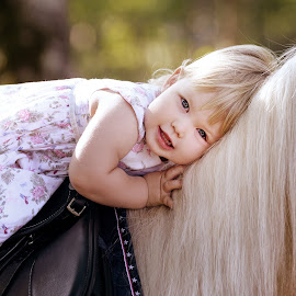 Girl and the pony by Tamara Didenko - Babies & Children Child Portraits ( girl and pony, pony, girl, horses, horses and people,  )