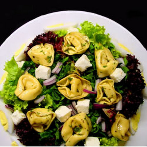 Tortellini Spinach Salad with Balsamic-Tomato Vinaigrette Recipe ...