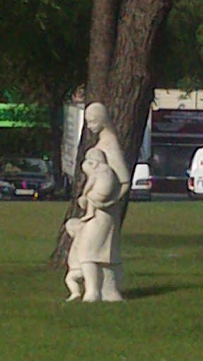 Escultura Plaza Moratalaz