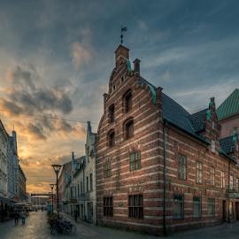 Sunset by Mirza Buljusmic - Buildings & Architecture Public & Historical ( clouds, canon, sweden, skåne, hdr, 70d, scania, architecture, cityscape, city, history, malmoe, sky, malmö, sverige, malmo )