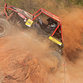 Extreme 4x4 by Dirk Luus - Sports & Fitness Motorsports ( 4x4, extreme, challenge, skilled, motorsport )