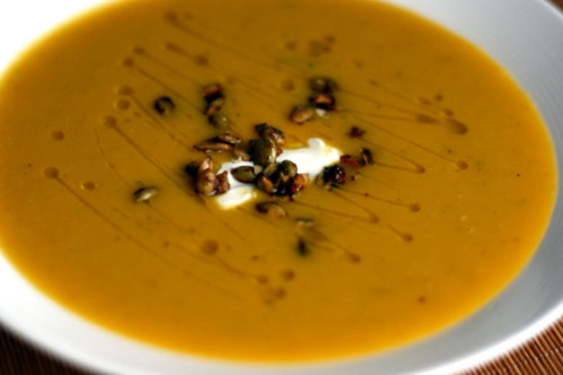 Squash and Fennel Soup with Candied Pumpkin Seeds Rezept | Yummly