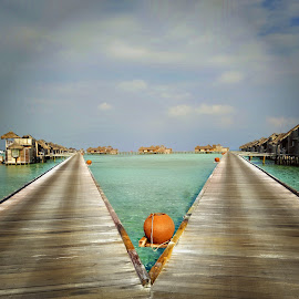 by Bente Agerup - Buildings & Architecture Other Exteriors ( houses, piers, villas, homes, maldives )