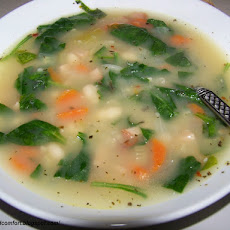 Bean Soup with Ham and Spinach