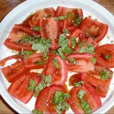 Sliced Tomato Salad With Capers and Basil