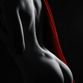 Cover me up by Vineet Johri - Nudes & Boudoir Artistic Nude ( art nude, katrina, studio lighting workshop, vkumar photography, bottoms, red fabric )