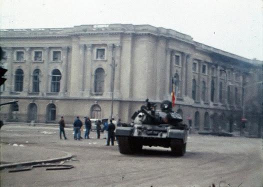 軍部の戦車