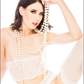 Amy - Pearls by Fred Prose - Nudes & Boudoir Boudoir ( nude, exposed beauty imaging, explicit, pearls, white )