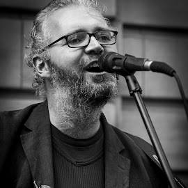Glasgow Street Portrait by Chris Nicholson - People Musicians & Entertainers ( good portrait, black and white, busker, musician, street photography )