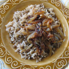 Palestinian Lentils and Rice With Crispy Onions