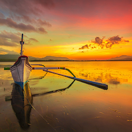 colors of morning by Budi Astawa - Transportation Boats ( bali, waterscape, bay, karangsewu, west bali, sunrise, beach, morning, gilimanuk )