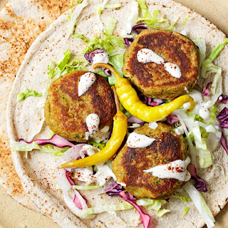 Falafel Flatbreads With Tahini Sauce