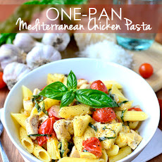One-Pan Mediterranean Chicken Pasta