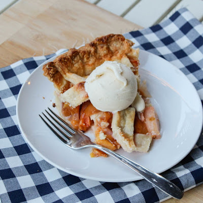Peach - Pear Pie