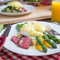 Steak and Eggs Benedict with Asparagus in Bearnaise Sauce