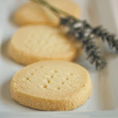 Gluten-Free Tuesday: Shortbread Cookies