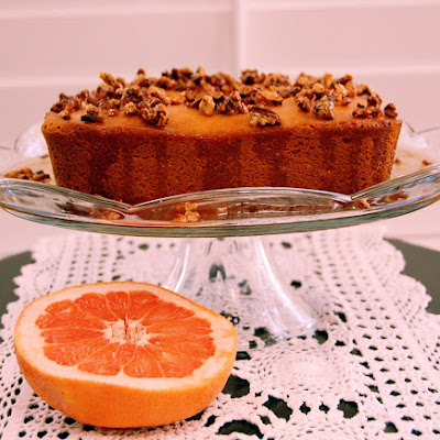 Cake with Candied Pecans and Grapefruit Sauce